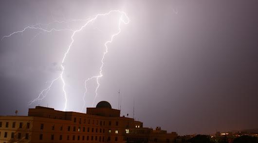Vuelven las tormentas a Almería: el martes llega con aviso amarillo