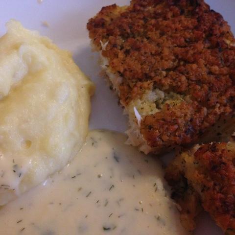 Fisch mit Kartoffelbrei und Dillsoße