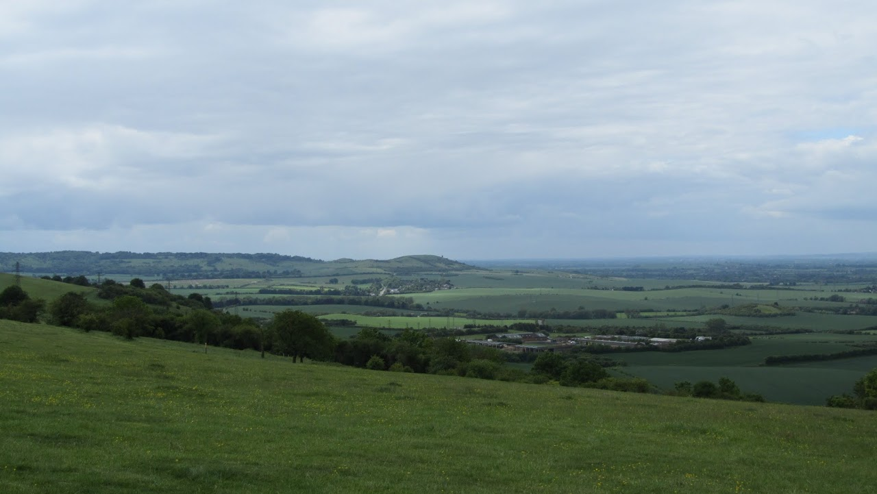 Ivinghoe Beacon (centre)