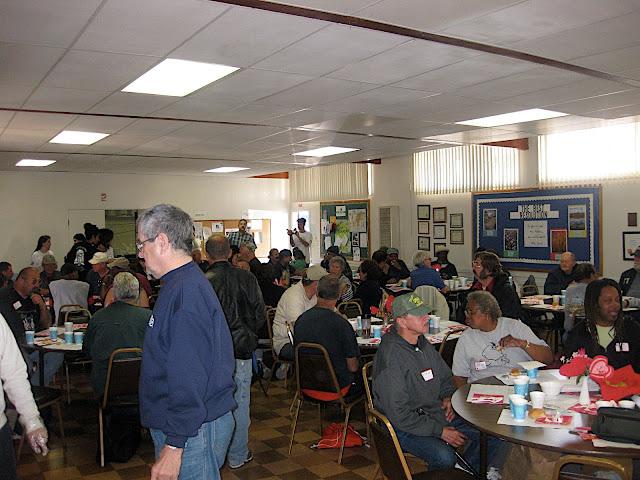 2010 Feeding the Homeless - Walteria - IMG_3133.JPG