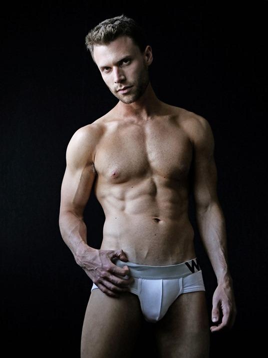 MEN Cody Jay By Jesse Ashton