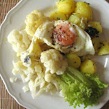 Kalafior z gorgonzolą i winegretem, ziemniaki z masłem i czosnkiem