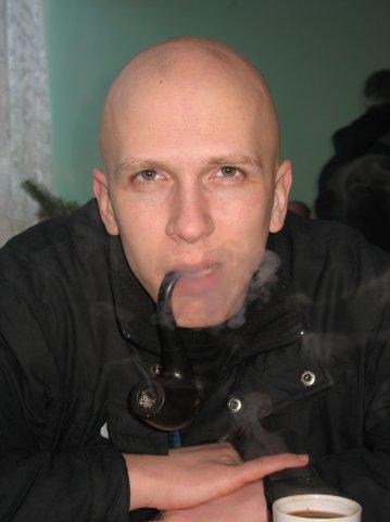Maniac High Dating Expert And Author, Maniac High