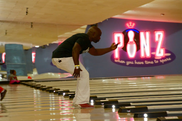 KiKi Shepards 9th Celebrity Bowling Challenge (2012) - IMG_8509.jpg