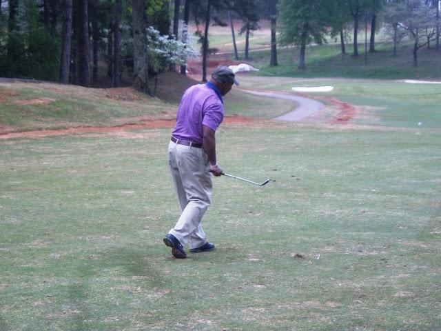 2011 NFBPA-MAC Golf Tournament - Golf%2BV1%2BApril%2B8%252C%2B2011%2B093.JPG