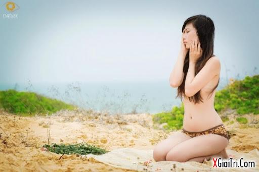 Trang Lê quyến rũ với bikini