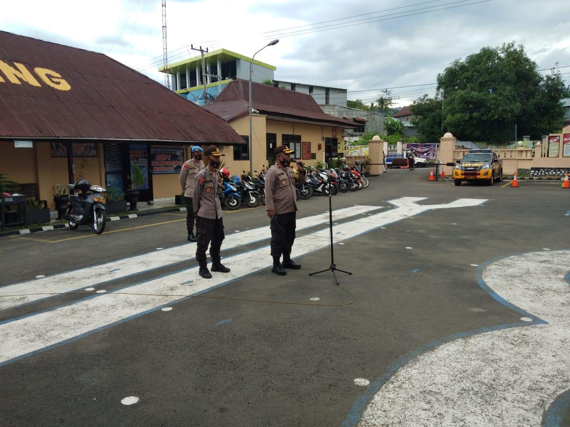 Personil Polres dan TNI Kodim 1423 Soppeng Kawal Debat Publik Calon Bupati dan Calon Wakil Bupati Tahap Kedua Pilkada Soppeng 2020