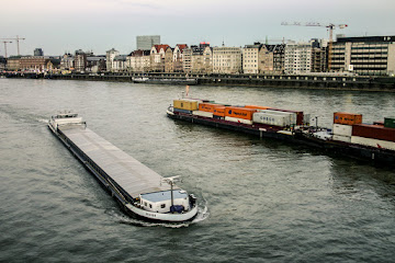 River traffic Rhein Düsseldorf