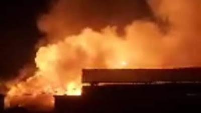 Pasar Bawah Bukittinggi Terbakar Dinihari tadi