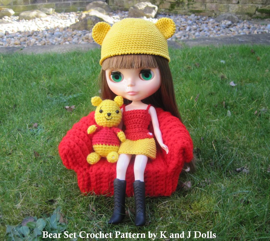Crochet Hat Pattern For Blythe : Bear Hat and Dress for my Blythe doll - Sayjai Amigurumi ...