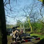 003-We laden de boten af aan Begraafplaats - De Bieberg te Breda.