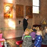 Kleuters bezoeken Martinuskerk - DSC_0048.JPG