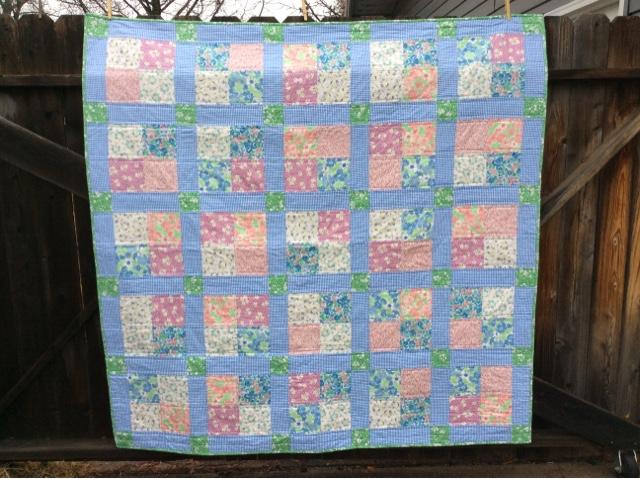 Makin Projiks Floral Four Patch Quilt