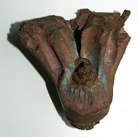 Ontsteker van granaat. Gevonden op de Mookerheide. Collectie E. Heijink http://www.secondworldwar.nl/enschede/