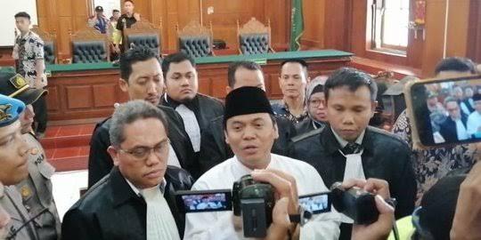 Ustadz Maaher Rekan Satu Sel Wafat, Gus Nur Mohon Penangguhanan Penahanan