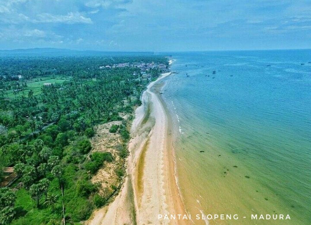 Pantai slopeng madura sumenep
