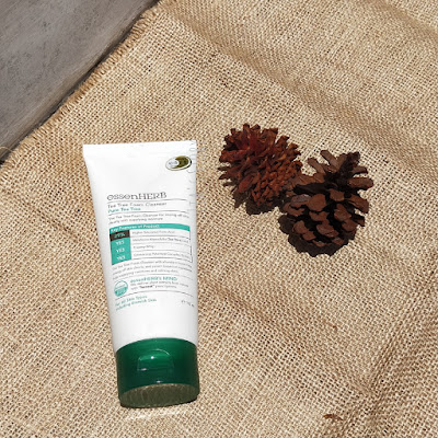 review-essenherb-tea-tree-foam-cleanser