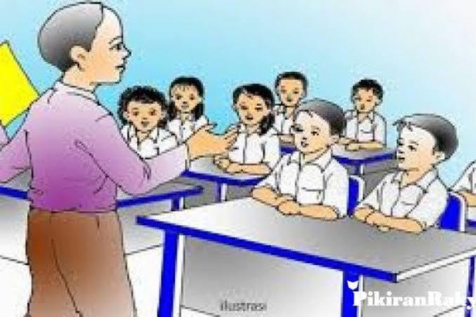 Tunjangan Guru Dihentikan untuk Penanganan Covid Haruskah?