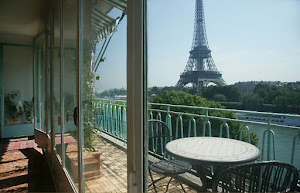 2 bedroom In the shadow of Eiffel