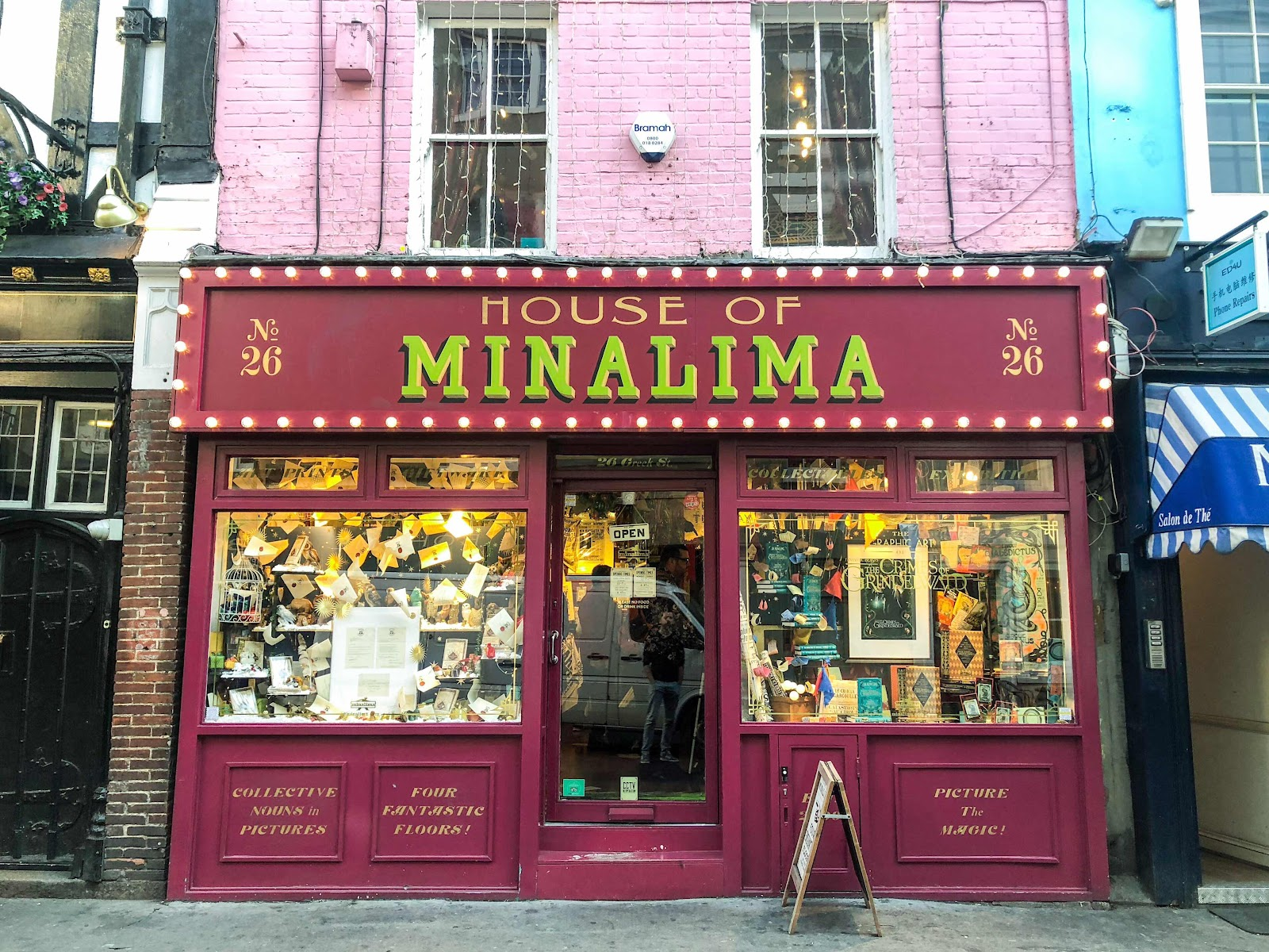 london-lifestyle-blog-top-10-things-to-do-in-soho-london-house-of-mina-lima-harry-potter