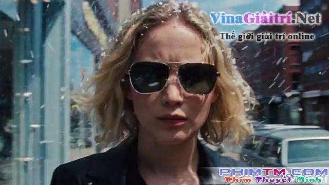 Xem Phim Người Phụ Nữ Mang Tên Niềm Vui - Joy - phimtm.com - Ảnh 2