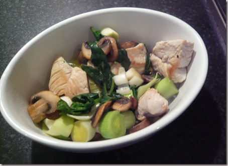 chicken, leek and mushroom hotpot2
