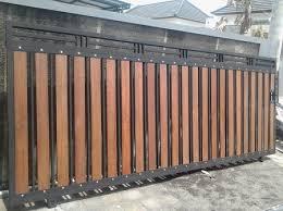 contoh gambar pagar kayu minimalis