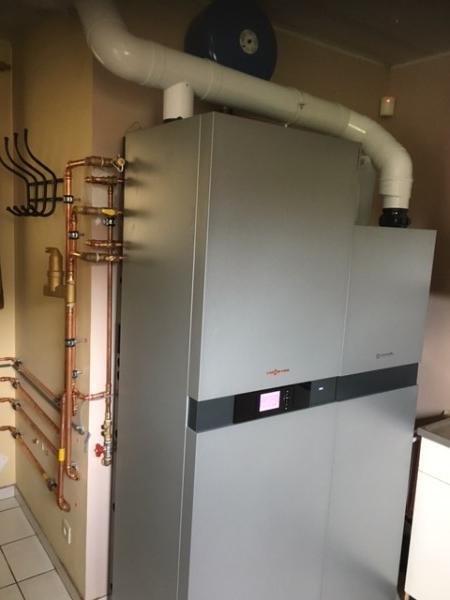 Realisaties Verelst Heating - Microwarmtekrachtkoppeling compacttoestel op basis van brandstofcellen met geïntegreerd condensatietoestel op aardgas - Vitovalor 300-P