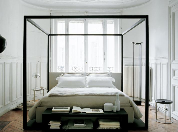 Attractive Simple 4 Poster Bed Part - 5: A Modern Four Poster Bed Looks Stately And Elegant In A Gorgeous And  Polished Bedroom Filled With A Few Well Chosen Furniture Pieces And  Accessories.
