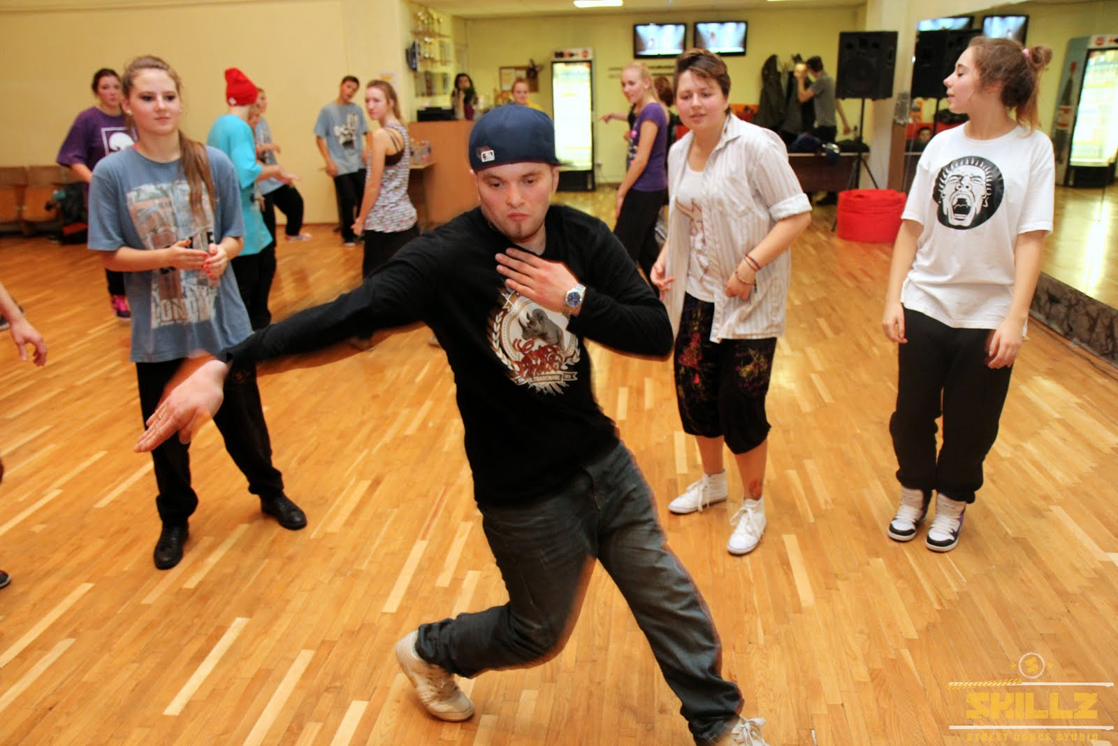 Hip- Hop workshop with Shaadow (UK) - IMG_1848.jpg