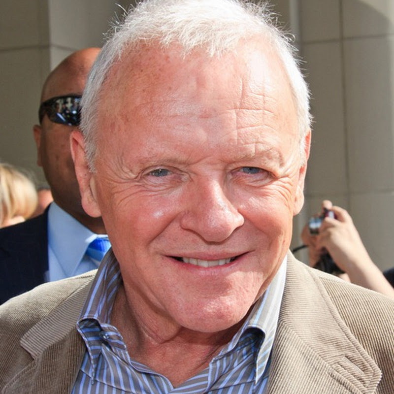 Anthony Hopkins ha conquistato il mondo intero con le sue straordinarie performances.
