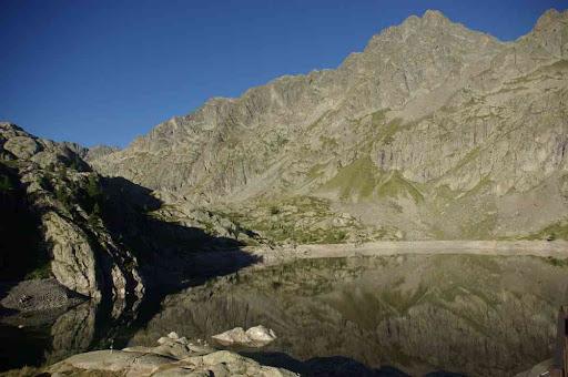 Le lac Vert au petit matin
