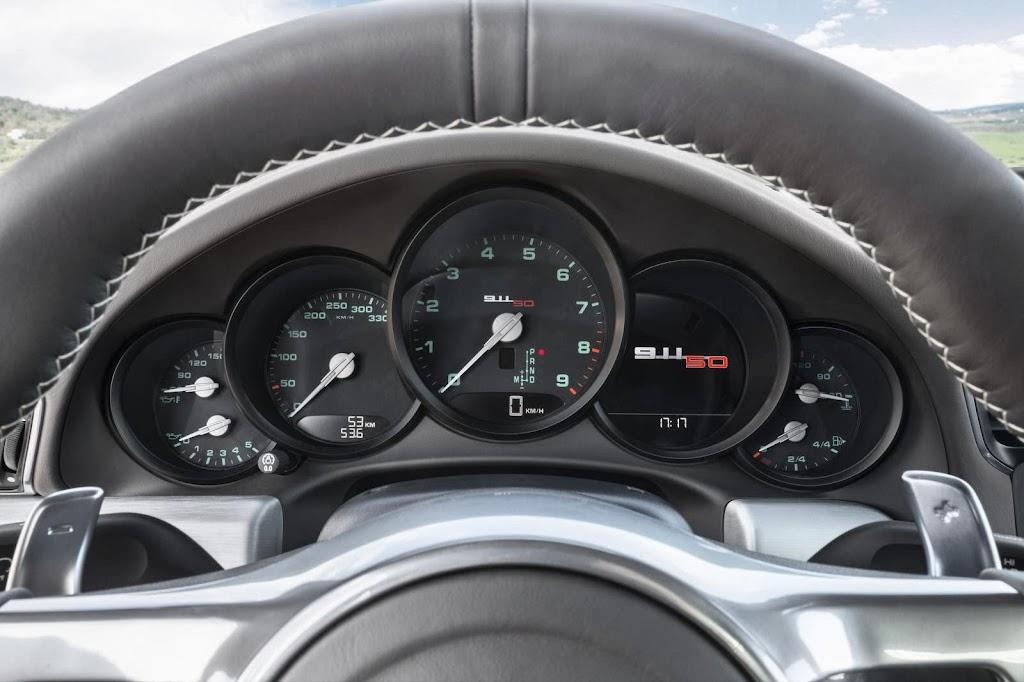 Porsche-911-50-Years-Edition-2013-9