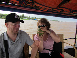 0085A_Day_on_the_Mekong
