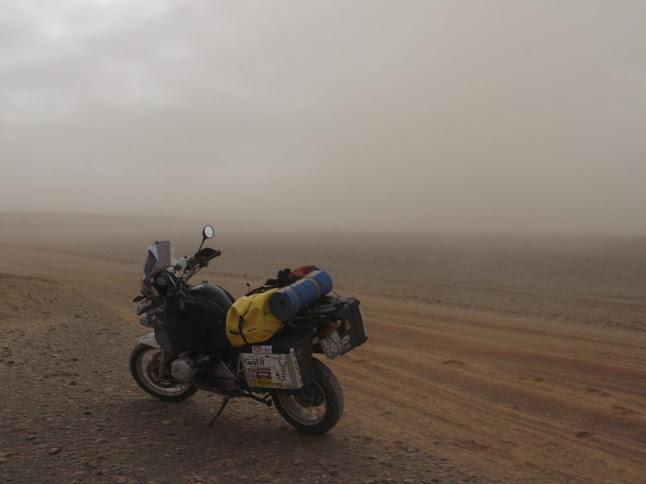Marrocos e Mauritãnia a Queimar Pneu e Gasolina - Página 9 DSCF1083