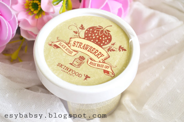 skinfood-black-sugar-strawberry-wash-off-mask-review-esybabsy