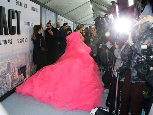 3bf99259c7 Jennifer Lopez wore the most enormous couture gown on the red carpet ...