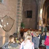 Kleuters bezoeken Martinuskerk - DSC_0037.JPG