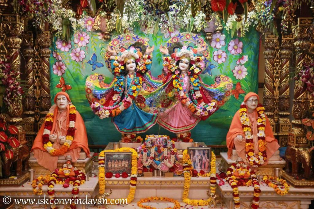 ISKCON Vrindavan Sringar Deity Darshan 26 Feb 2016 (17)