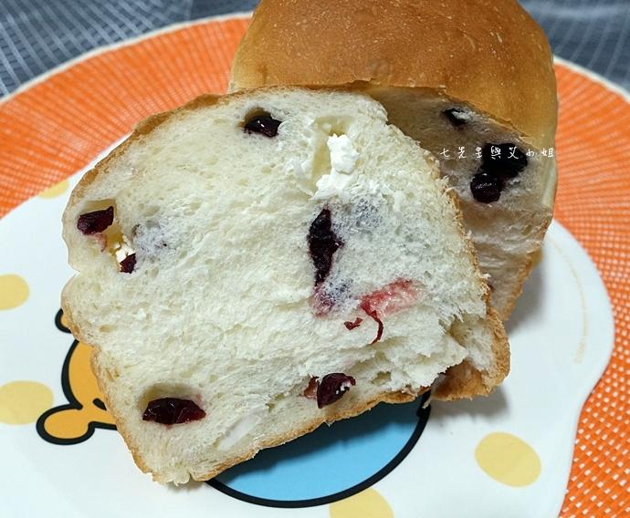 21 Ivi Bread 囍愛商行 食尚玩家 香橙吐司 黑糖核桃吐司 沒有招牌麵包店