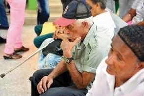 Proponen sanción a hijos abandonen envejecientes