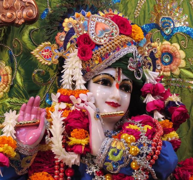ISKCON Vallabh vidhyanagar Deity Darshan 10 jan 2017 (12)