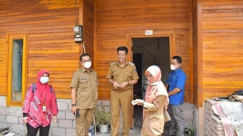 Wawako Payakumbuh bersama Kementerian PUPR Tinjau Pelaksanaan Stimulan Rumah Swadaya.