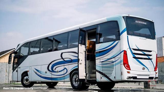 Bagian Belakang bus Coach Enterprise