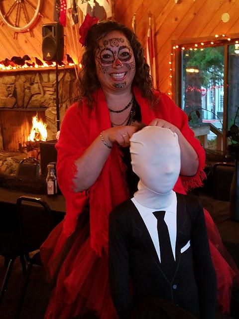 2017 Halloween/Oktoberfest - 20171021_173919_resized.jpg