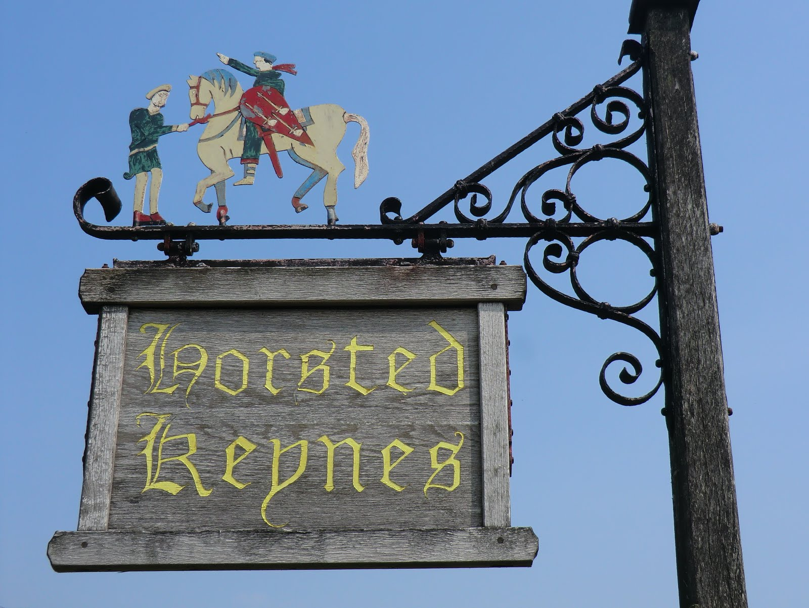 CIMG2964 Horsted Keynes town sign