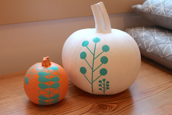 modern pumpkins autumn project party with rub on decals ala lotta jansdotter