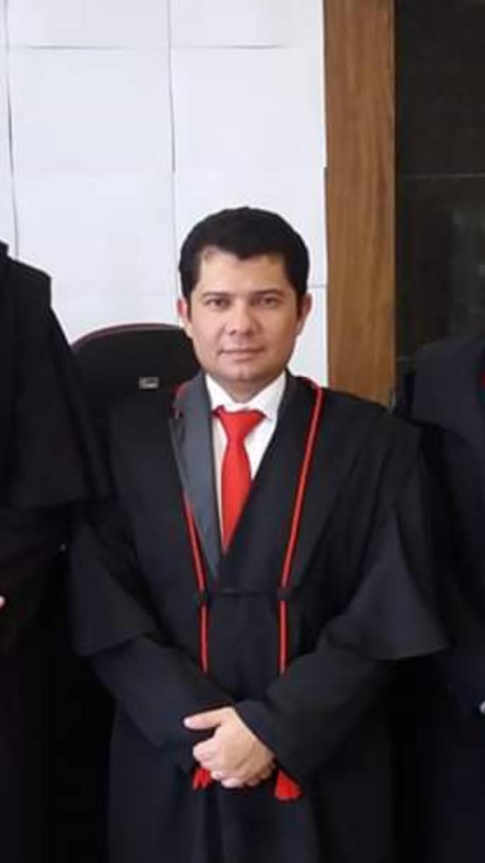 JUIZ FRANCISCO GILMÁRIO BARROS LIMA SAI DA COMARCA DE CRATEÚS