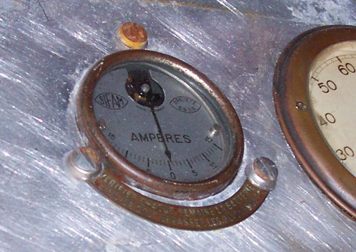 Petite plaque de graissage  Ampere