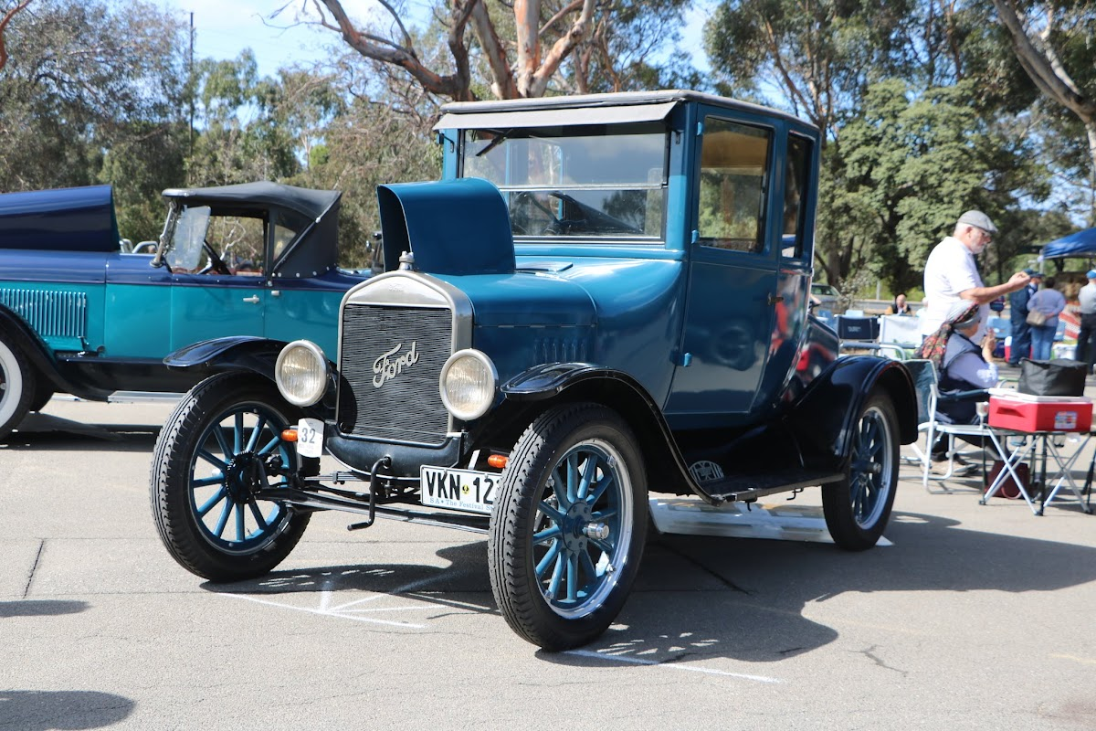 Ford Model A Tudor 01.JPG